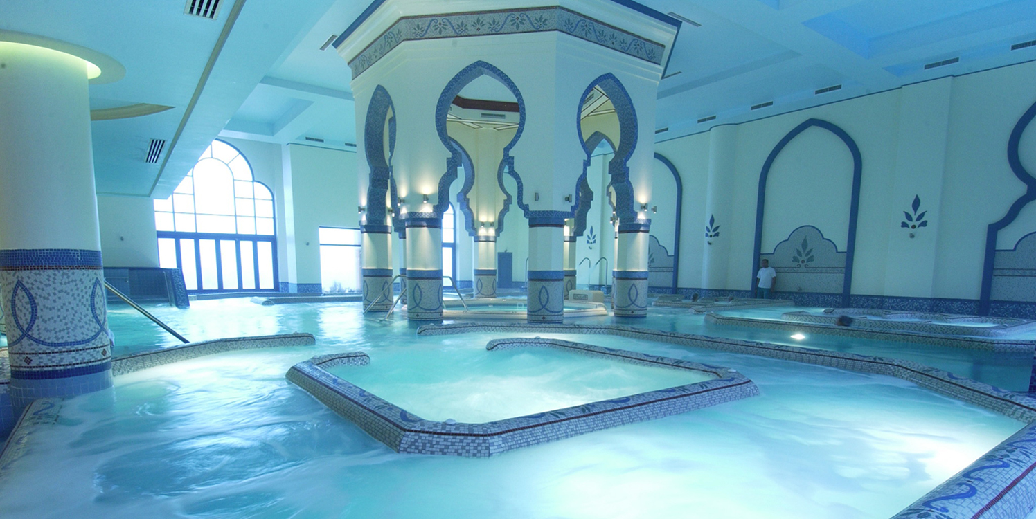 soma-bay-indoor-pool